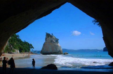 Cathedral Cove 1cropped