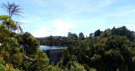 Waitakere Dam 007
