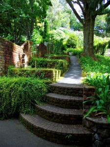Tupare Garden Steps