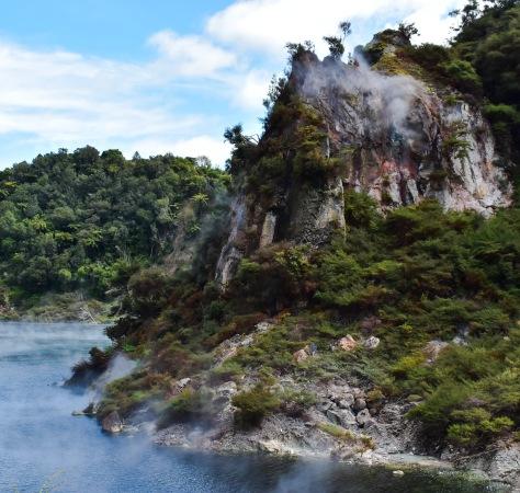 waimangu volcanic valley cathedral rocks