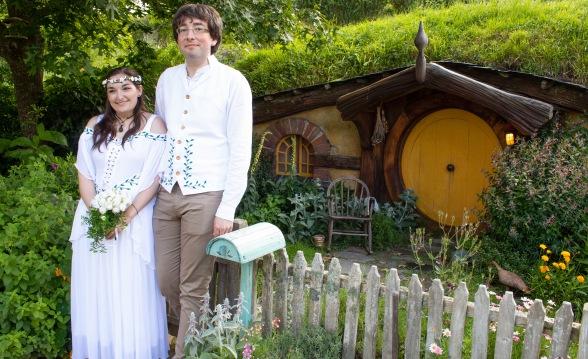 hobbiton wedding
